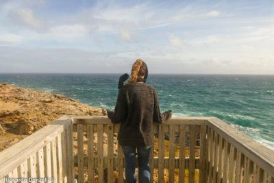 Watching the ocean in South Australia, Great Ocean Road